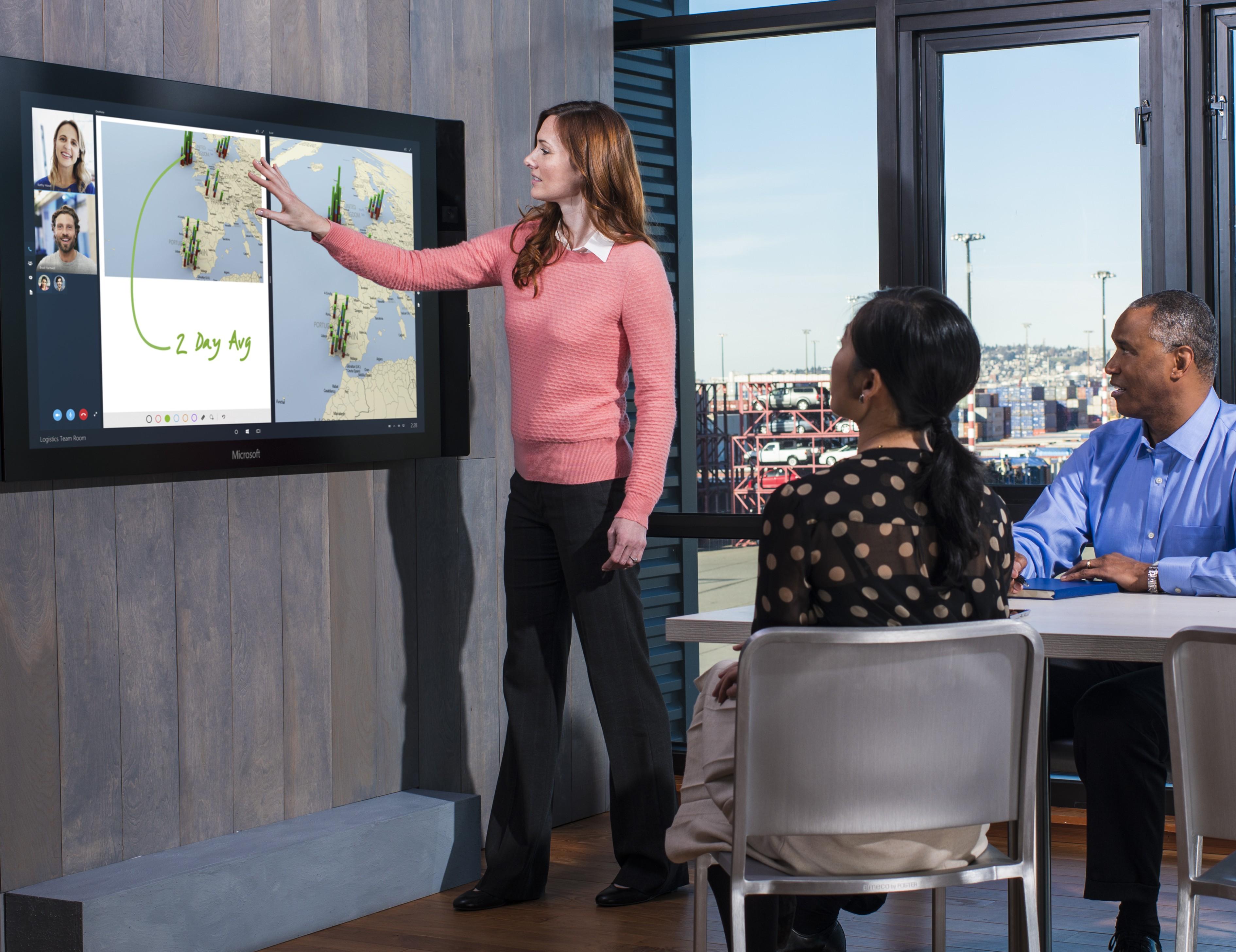 Microsoft Surface HUB : l'écran tactile géant qui va révolutionner vos réunions