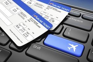 Acheter son billet d'avion sur Internet est devenu une tâche délicate- si l'on tient compte des changements de prix qui peuvent arriver d'une minute à l'autre. De nombreux sites utilisent des techniques marketing visant à vous faire payer vos billets d'avion plus cher, mais ces pratiques sont-elles véritablement légales ? Peuvent-elles être évitées ?