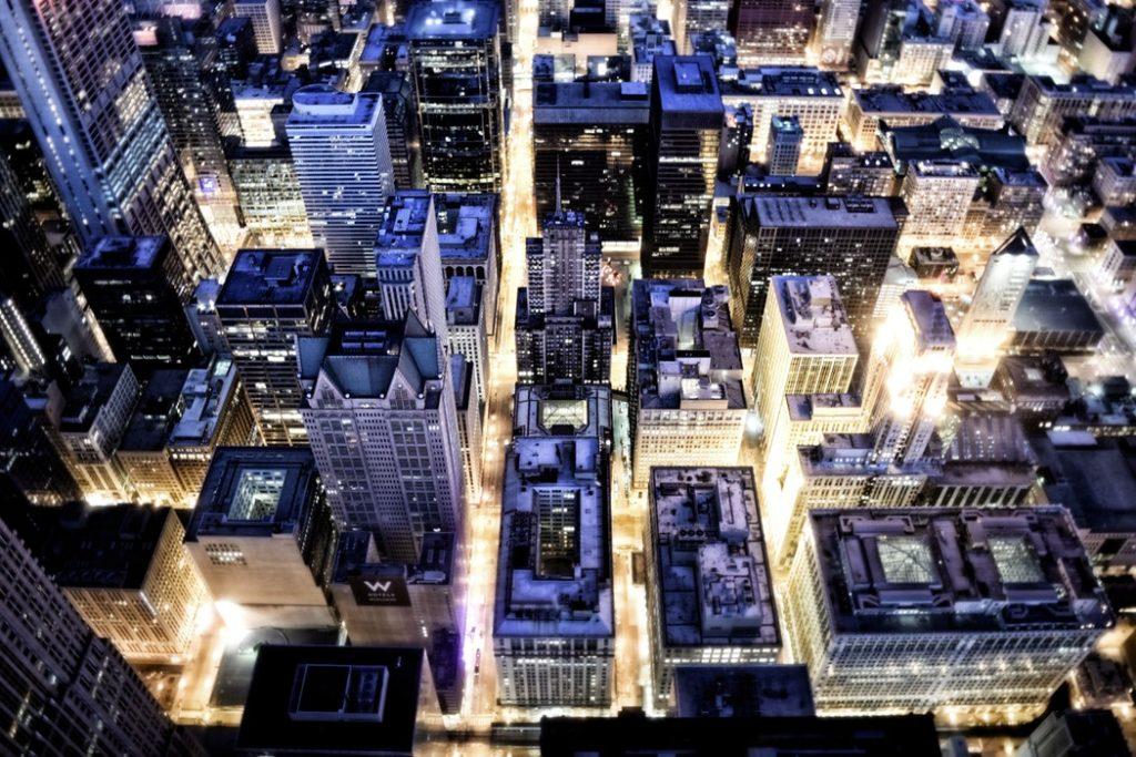 Dans la ville connectée, l'IA est présente partout.