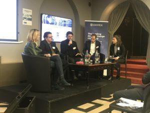 Photo d'un débat lors de la Matinée Self Driving Car 2019